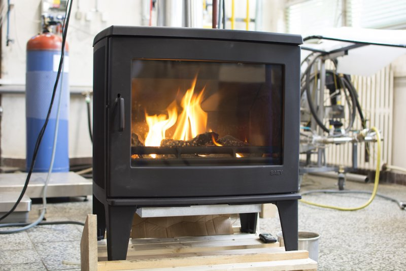 Local appliances burning solid fuels